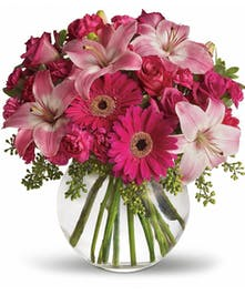 A gorgeous bouquet of pink flowers!